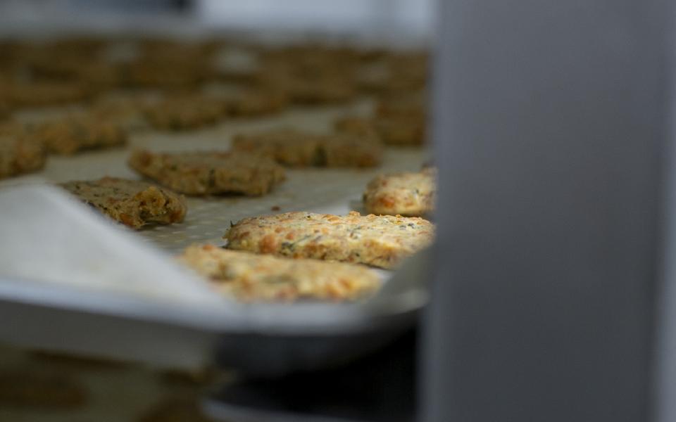 Biscuits dans le four - Biscuits apéritifs