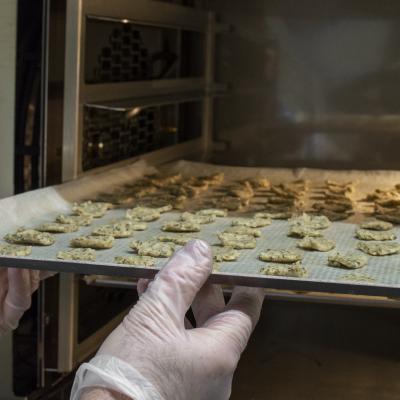 Cuisson des biscuits réalisés à partir des drêches
